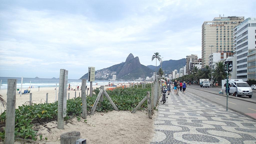 Дойз-Ирманс (гора) | Morro Dois Irmãos (Rio de Janeiro)