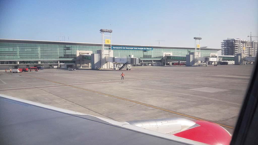 Аэропорт Хосе Хоакина де Ольмедо