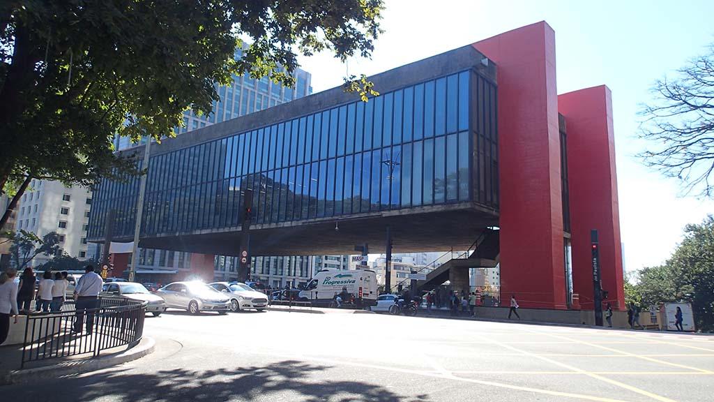MASP - Художественный музей Сан-Паулу