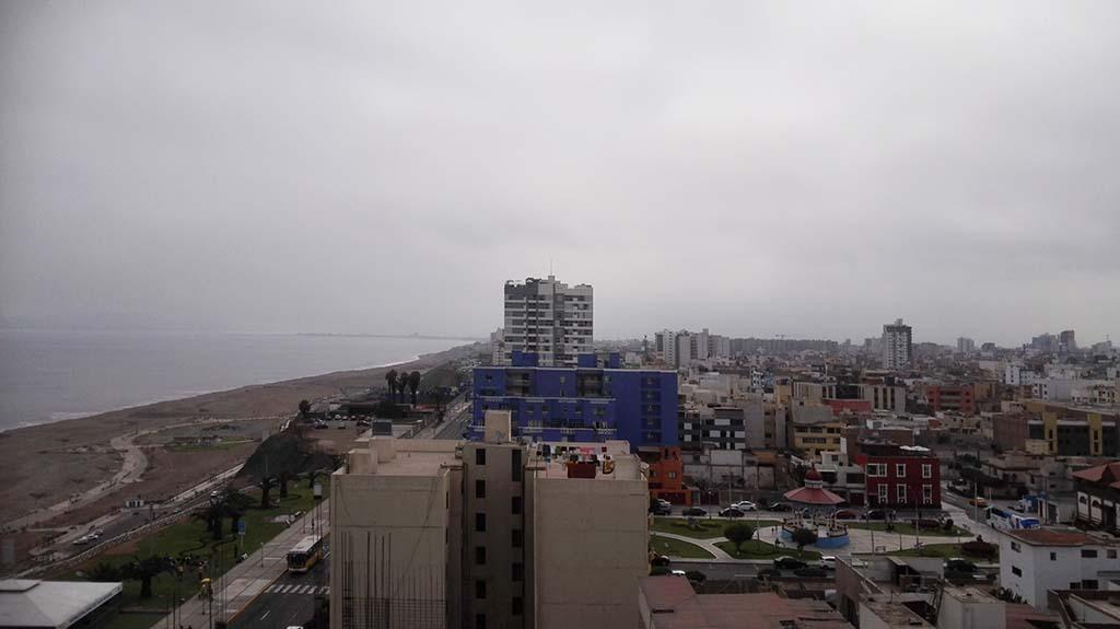 Тихий океан и Лима, Перу