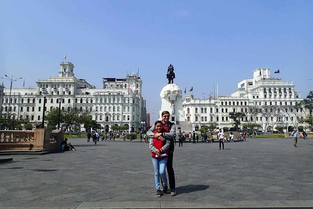 Площадь Сан-Мартин (Лима)