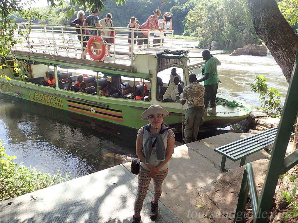 Круиз по реке Виктория Нил