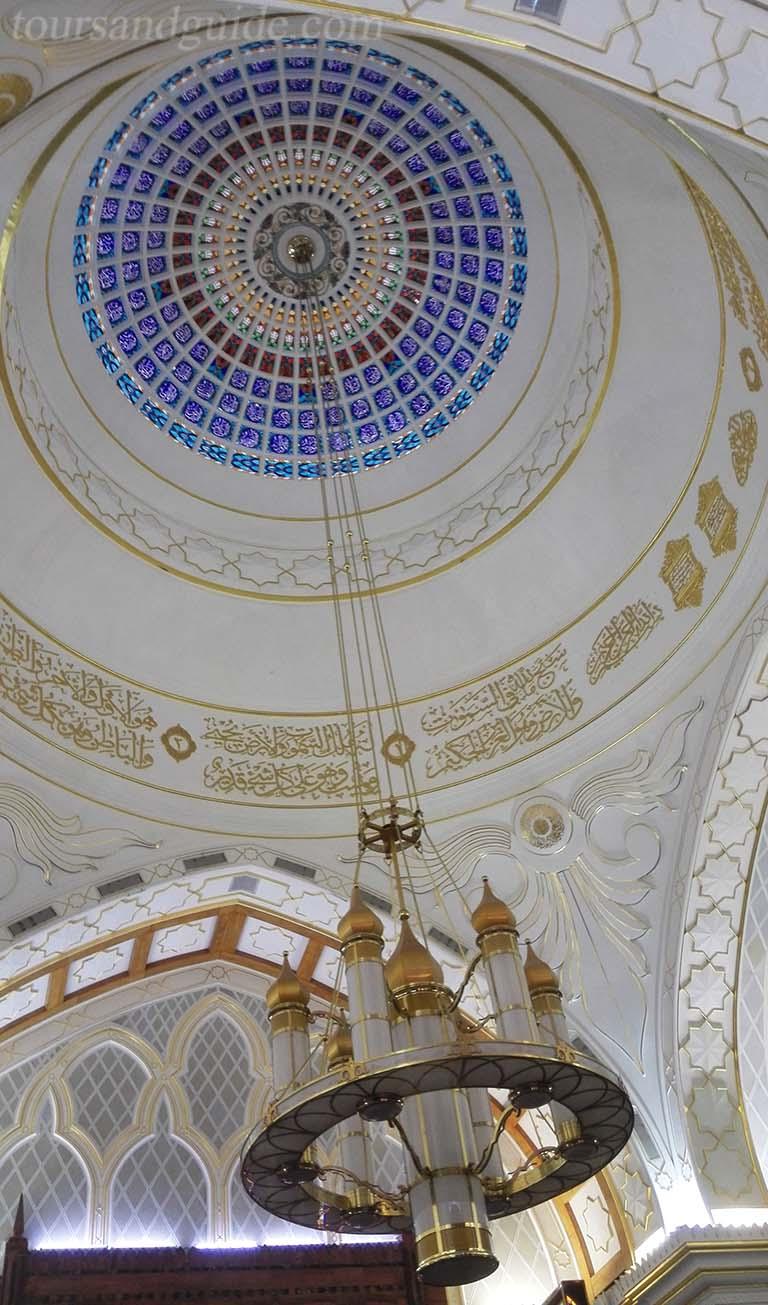 Мечеть Омара Али Сайфуддина