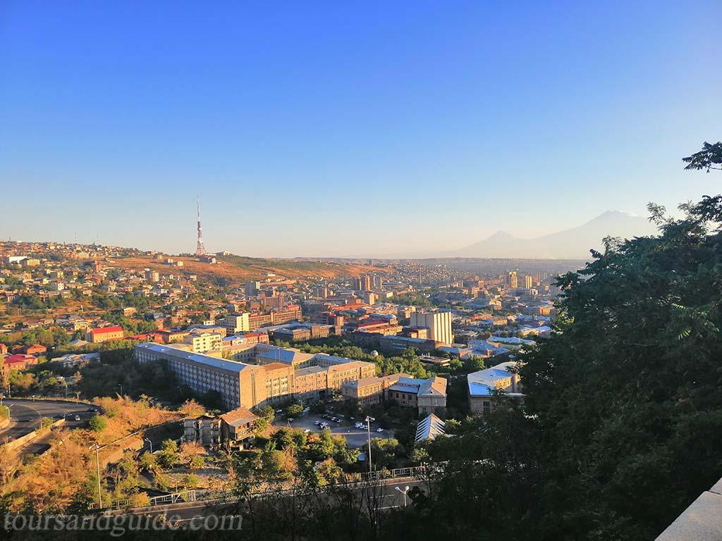 Ереван, вид из памятника Матери Армении